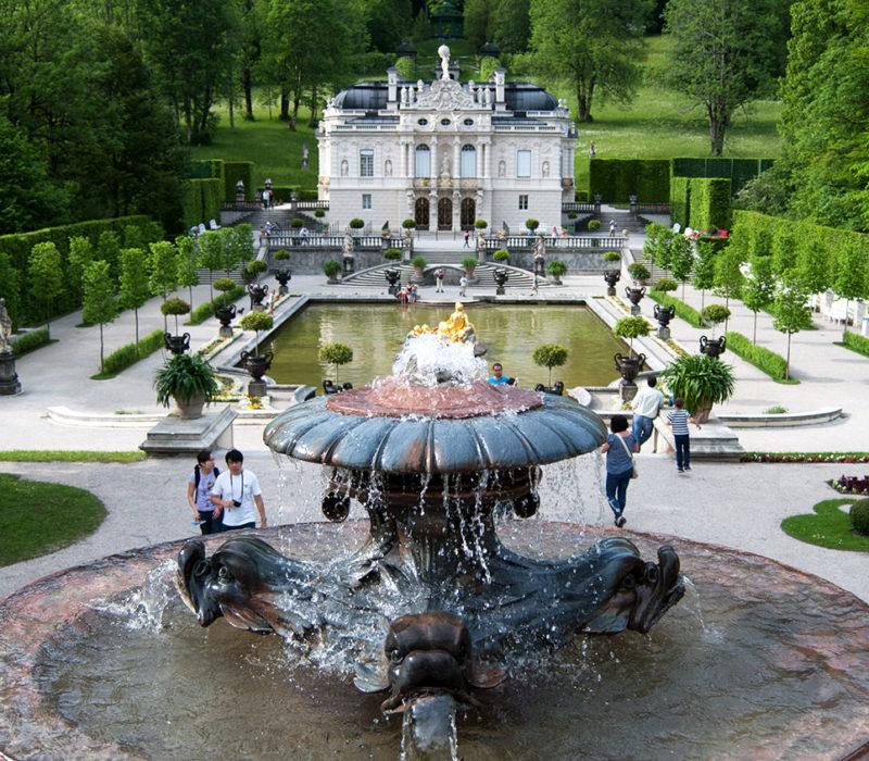 Linderhof: homenaje de Luis II a Versalles a partir de una cabaña