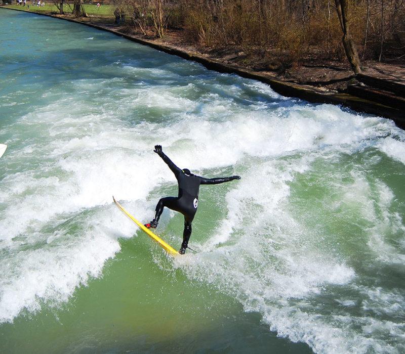 ola surf eisbach jardín inglés
